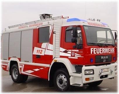 Tanklöschfahrzeug 16/25 (TLF 16/25)